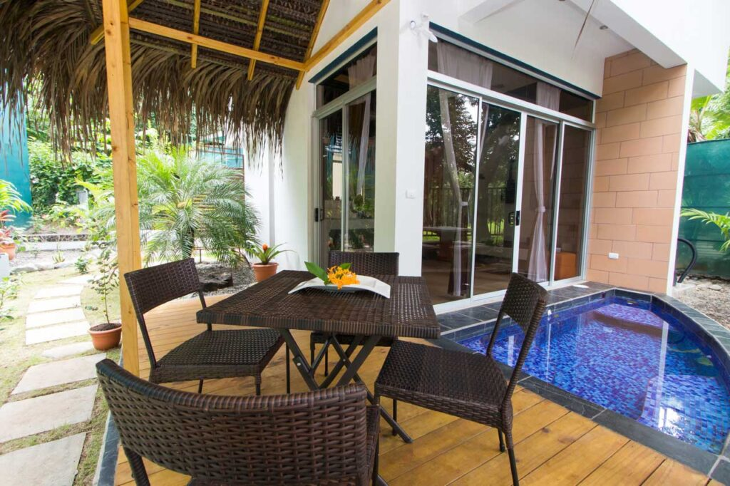 02-EOC-Beach-Front-Manuel-Antonio-Vacation-Rental-Villa-001