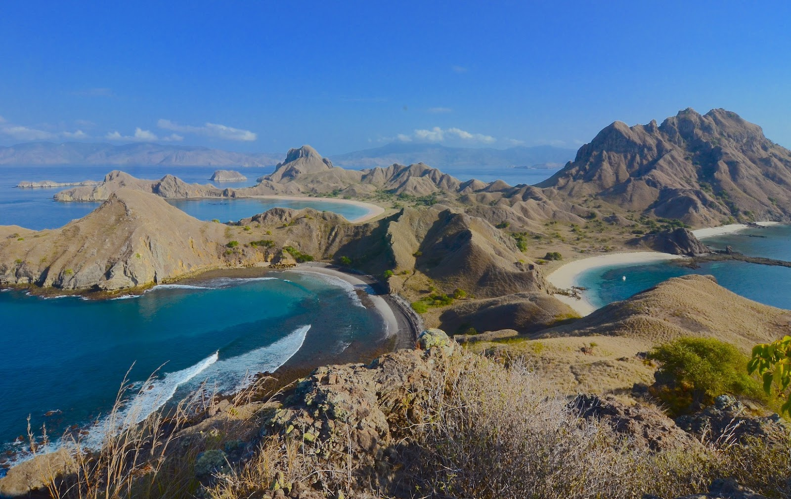 Begin The New Experience By Explore Flores European